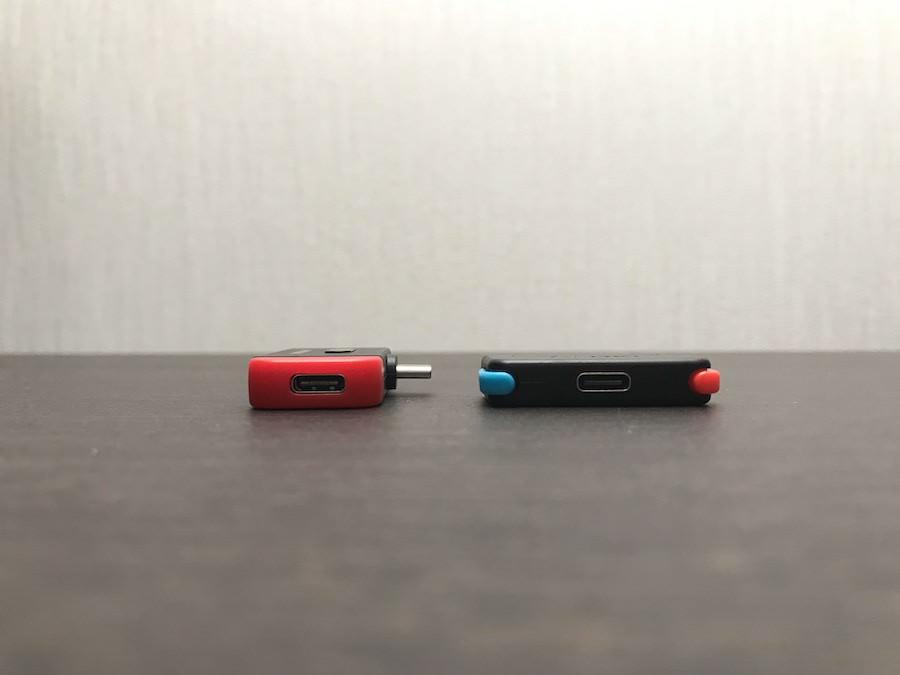 MK3とGENKI Audioの充電ポートの位置比較